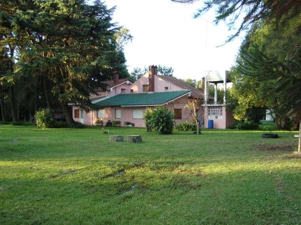 Alquiler casas en escobar con terrenos amplios for Casa de campo en sevilla para alquilar